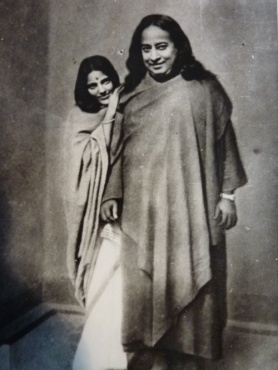 Anandmayi Ma with Swami Yoganand