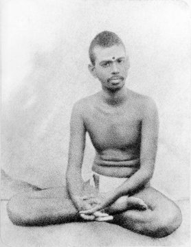 sri-ramana-around-30